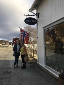 NO hopes lost. There is always a place to shop, even close to the arctic circle. Lisbeth and I in front of the local food store in Lora